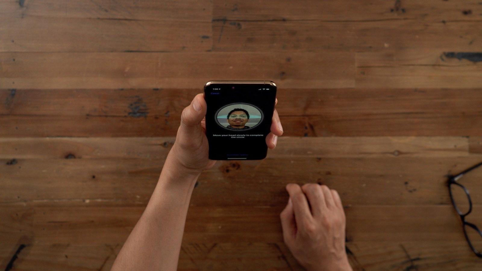 苹果或将在2021年之前弃用Face ID 改用屏幕Touch ID