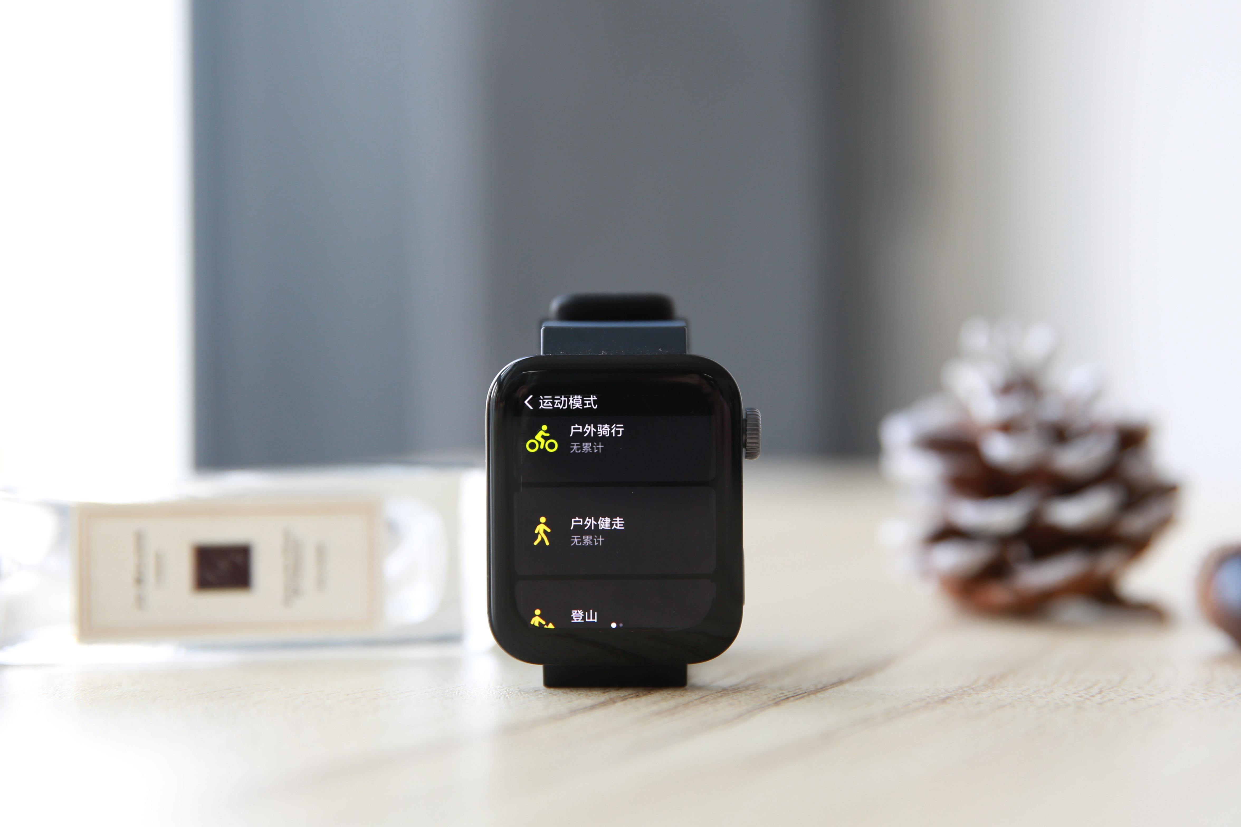 """小米手表评测:能实现4G独立通话的腕上""""手机"""""""